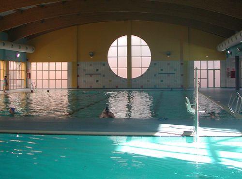 Arquimunsuri piscina manises for Piscina quart de poblet